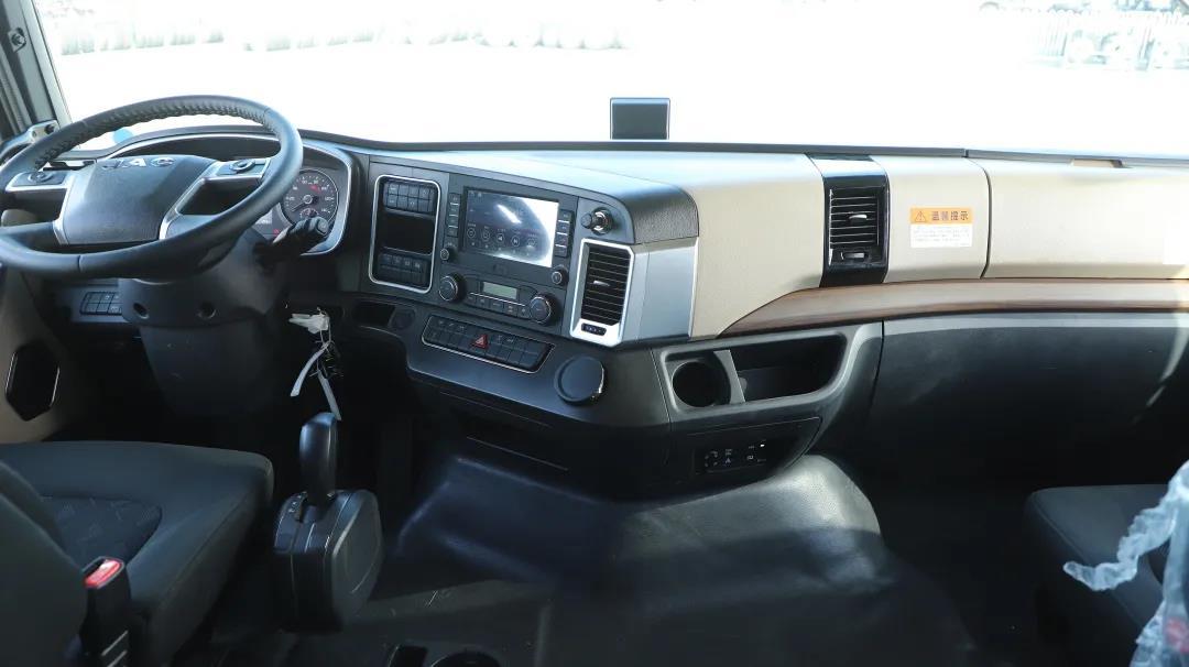 格尔发8×4旗舰版AMT载货车专治冷链绿通痛点